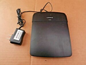 Linksys E1200 300 Mbps 4-Port 10/100 Wireless N Router with AC Power Cable