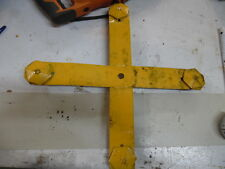 TRAFFIC STOP LIGHT MOUNTING BRACKET YELLOW 4 WAY LARGE W/ BRACKETS STEEL