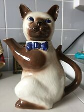 Tony Wood Staffordshire Siamese Cat Teapot
