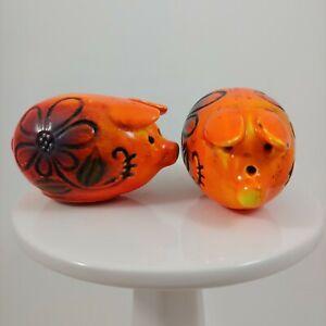 """VINTAGE Orange Floral Pig Salt & Pepper Shaker Set - 2"""" Small Retro Ceramic"""