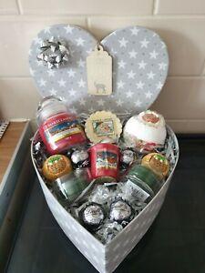 Splash Christmas 🎄 Yankee Candle , Bath Bomb & Chocolate  Gift 🎁   Box