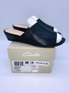 Clarks Artisan Women's Parram Waltz Slide Sandals Black Leather