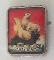 Phillip Island Australia Seal Souvenir Pin Badge Authentic Vintage (L38)
