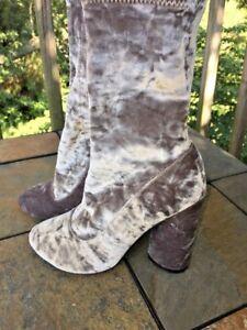 BOOHOO Satin Velvet GO GO Platforms Boots SILVER GRAY Shoes Womens Size 5 👞b4