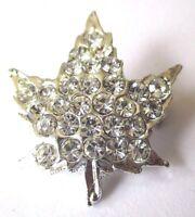 broche bijou en relief feuille cristaux diamant couleur argent 513