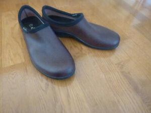 Sloggers Men's Rain & Garden Shoes  Brown SIZE US 11 USA