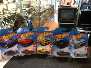 X5 HOT WHEELS MUSCLE MANIA CARS - NEW IN PACKAGING