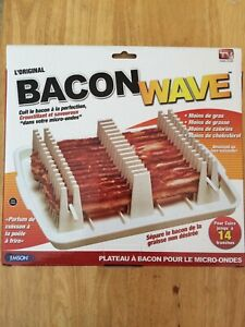 Original Bacon Wave Microwave Bacon Tray