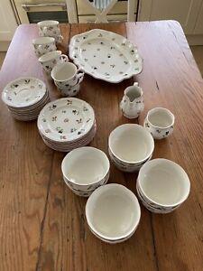 Villeroy Boch 'Petit Fleur' Tea Service