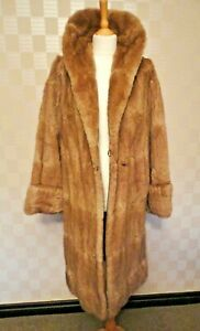 Ladies Vintage 1950s Golden Brown Real Fur /Full Length Coat.