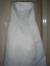SIZE14 IVORY SATIN BODICE DRESS WITH TRAIN