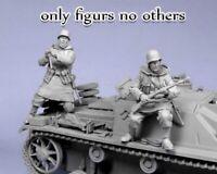 1/35 Resin WWII German Panzer Crew 2 Soldiers Unpainted Unbuild BL533