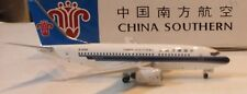 Aviation 400   -  China Southern Airlines  737-700     B-5250    -  AV4737001