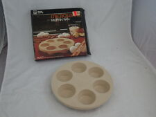 Anchor Hocking Microware MICROWAVE Cooking Muffin Cupcake Pan PM 447-T1