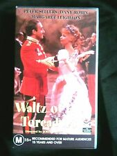 WALTZ OF THE TOREADORS ~ PETER SELLERS ~ MARGARET LEIGHTON ~ RARE VHS VIDEO