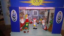 Puppentheater Marionetten Märchen 9 Puppen 4 Kulissen Handarb. Neu 30 jahre alt