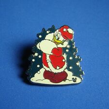 Daisy in the Snow Cast Lanyard Holidays Collection Disney Pin DLR