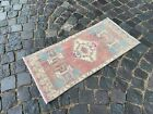 TRADITIONAL VINTAGE TURKISH RUG IS MADE OF 100% WOOL AND HANDMADE   1,4 x 3,1 ft
