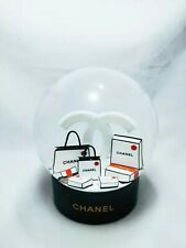 😘❤️2019 Chanel Snow Globe Uk Seller Latest Design Very Limited