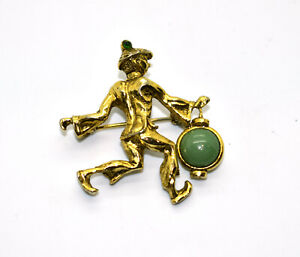 A3 Auth OLEG CASSINI Vintage Goldtone With Green Stone Pin Brooch
