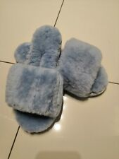 Baby Blue Australia Baby Lamb Sheepskin Fur Fluffy Slippers Size 7/7.5 Brand new