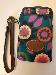 FOSSIL SWL1037 ZIP PERFECT CARRY ALL CANVAS COATED WRISTLET - FLORAL KEYPER