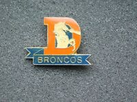 VINTAGE METAL PIN DENVER BRONCOS FOOTBALL