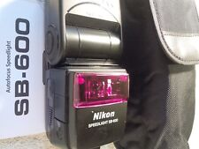 Nikon SB-600 SB600 Speedlight Flash w Case and Nikon Instruction Book