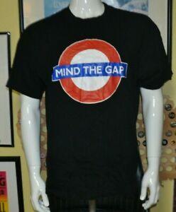 London Underground Mind The Gap Official T Shirt XL UK Tubeway Subway Nice