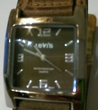LEVI'S QUARTZ WATCH WITH HEAVY LEATHER BAND