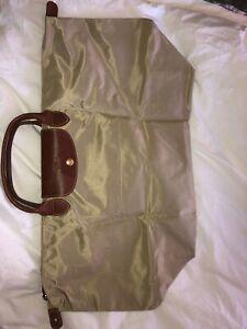 Beige Longchamp Travel Bag $70 FIRM!!