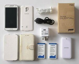 Samsung Galaxy S5 Duos (SM-G900FD) Dual SIM Smartphone (Unlocked), 16GB (import)