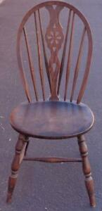 Beautiful Antique Wheel Back Windsor Side Chair – VGC – GORGEOUS DETAIL – SOLID