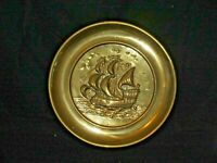 LARGE VINTAGE EMBOSSED BRASS WALL PLATE PLAQUE WITH SAILING SHIP GALLEON CLIPPER