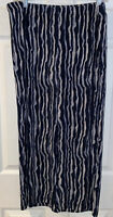 Travelers By Chico's Capri Slinky Blue ivory  Women's Size 2 32x24
