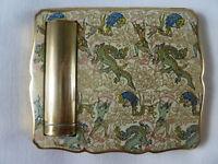 Puderdose Stratton No.1. Puder + Lippenstift. Deckel mit Emaille. ca.50er Jahre