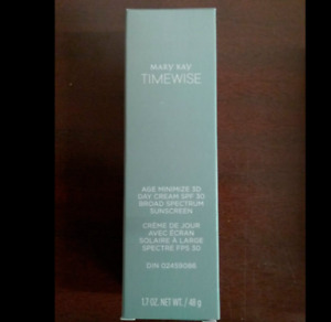 Mary Kay TimeWise Age Minimize 3D Day Cream Normal / Dry  1.7oz SPF 30 NIB