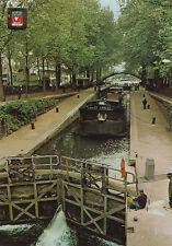 PARIS le canal st-martin péniche