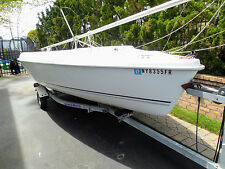 2006 HUNTER 17' SAILING SLOOP. ON GALVANIZED TRAILER IN NORTHPORT LI NY (OCON)
