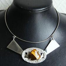 collier ras de cou métal chromé et pierre oeil de tigre style 70