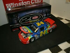 #24 JEFF GORDON 1992 (MADE IN 2012) 1ST NASCAR RACE CAR /24 SCALE-- BEAUTIFUL