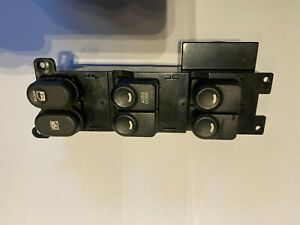 2010 HYUNDAI I30 5 Door Hatchback Drivers Masters Electric Window Switches