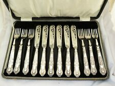 More details for sterling silver fish cutlery set - sheffield 1925 queens pattern  pierced  cased