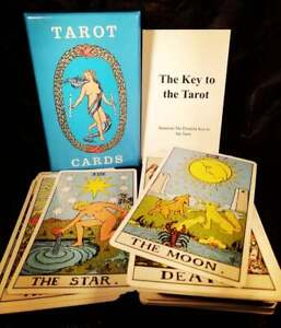 Tarot cards deck +100 page guide + bag (retro gift set)