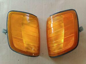 85-93 Mercedes Benz W124 pair of OEM turn signals 300E 260E 300D