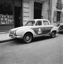 Auto Publicité c. 1950 - Renault Dauphine Bottin - Négatif 6 x 6 - 58