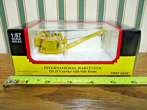International TD-25 Crawler With Side Boom By First Gear 1/87th Scale >