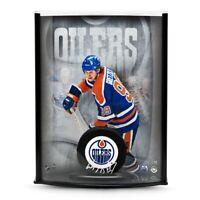 Wayne Gretzky Signed Autographed NHL Puck 8X10 Photo Display Oilers /99 UDA COA