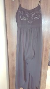 stunning FOREVER 21 ladies long black party dress (size XS)