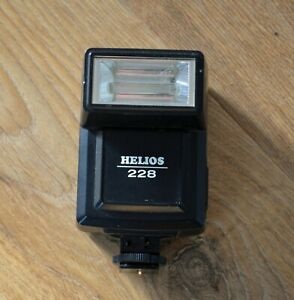 HELIOS 228 Electronic Flash Gun - tested and working